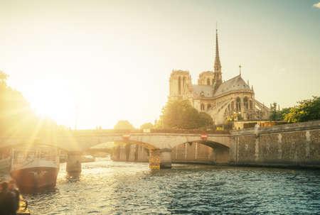 Notre Dame de Paris, France 写真素材 - 155740809
