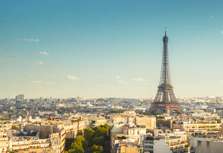 Skyline of Paris with Eiffel Tower, France 写真素材 - 155743126