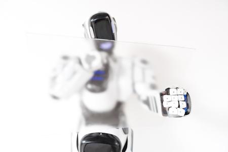 担当ロボットは濃度と協力します。 写真素材