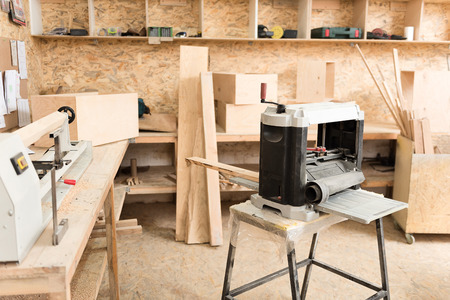 specialized job: Woodworking special equipment in joinery