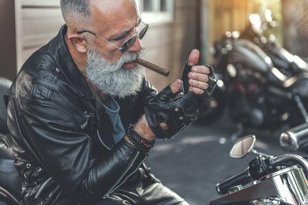 Old biker wants to smoke