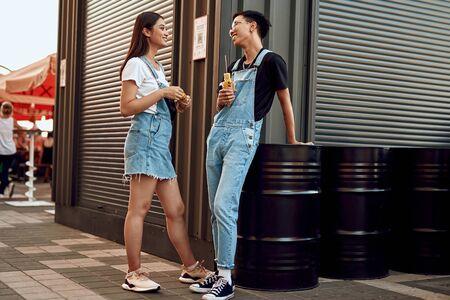 Beloved couple having fast food break together 스톡 콘텐츠