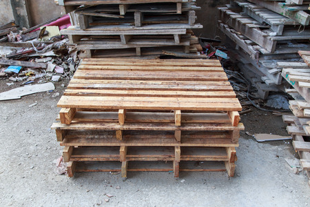 pallets: stacks of old wood pallets Stock Photo