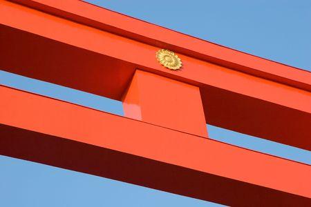 巨大な木造鳥居 (神道ゲート) 京都の平安神宮前。 写真素材 - 837273