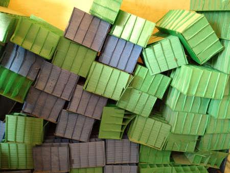 rowdy: Cajas sucias Foto de archivo
