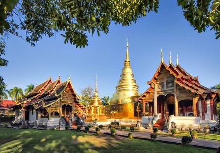 Wat Phra Singh es uno de los templos más famosos de Chiang Mai, Tailandia