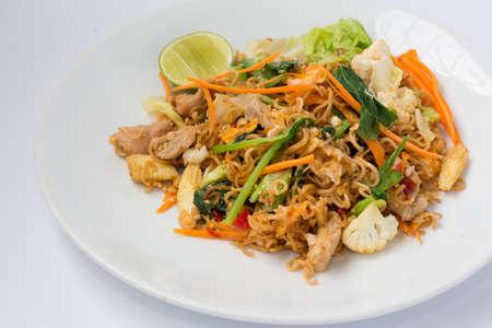 instant noodles: Fried Thai Mama Instant Noodles