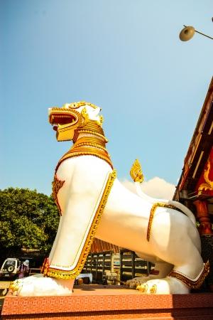 wiwekaram: Lion at the entrance of Wat Wang Wiwekaram
