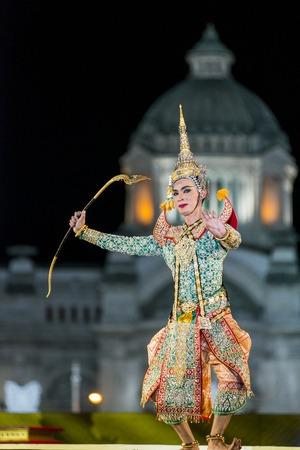 dance drama: Bangkok. Thailand - 13 december 2015, Khon is dance drama of Thai classical masked, this performents is Ramayana epuc, act Vishnu suppress giant demon in bangkok, thailand Editorial