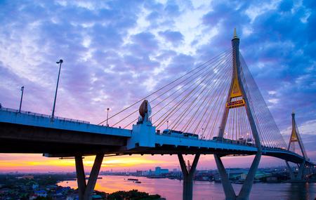 5 DEC 2017, bangkok, Sunrisesunset sky Bhumibol Bridge 2 Facilities and traffic routes linking the logistics industry in bangkok, thailand Stock Photo