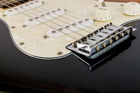 tremolo: Electric Guitar