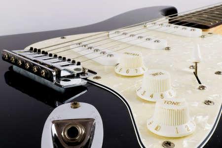 tone: Electric Guitars Tone Dials Up Close