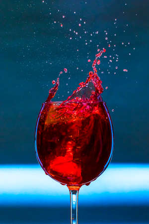 Wine splash Фото со стока