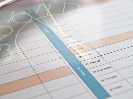 Összetett óra és naptár