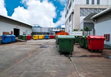 Műanyag láda reciklizálásos center Stock fotó