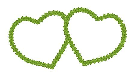 hape: Concetto Amore, Un incantevole cornice a forma di cuore di fortunati quattro trifogli foglia con copia spazio per il contenuto o immagine, isolato su sfondo bianco Archivio Fotografico