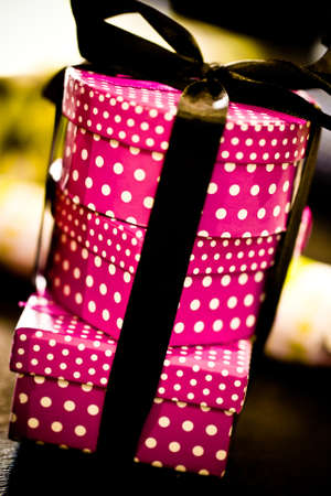 black and pink: Pink Cajas de regalo