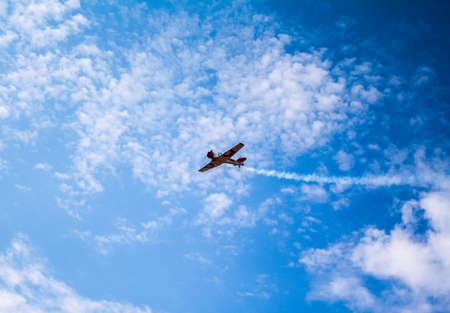 Airplane stunt flying