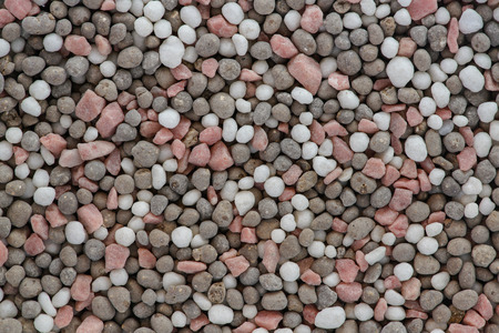 amoniaco: A fertilizer  is any material of natural or synthetic origin (other than liming materials) that is applied to soils or to plant tissues (usually leaves) to supply one or more plant nutrients essential to the growth of plants.