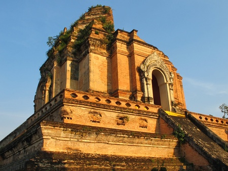 Wat Chedi Luang in Chiang Mai Thailand in the evening