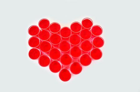 bebes lindos: patrón de corazón por tiro de taza y la bebida