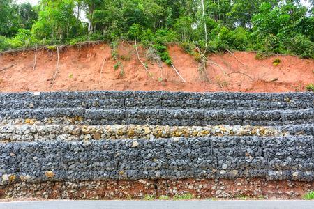finest beautiful muro de gaviones de piedras en la malla de acero que se utiliza como una with muro de gaviones precio with muro de gaviones - Muro De Gaviones