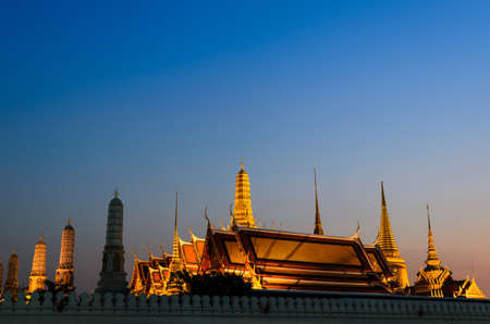 Wat Pra keaw at twilight time Bangkok, Thailand