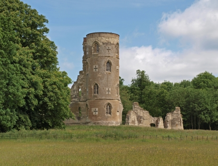 The Folly at Wimpole Hall was built in 1768 by Capability Brown, to resemble Gothic-era ruins. It was coition by the owner, Philip Yorke, the 2nd Earl of Hardwicke.