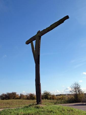 ermine: A diferencia de horca que se utilizaron para ejecutar a las personas, horcas se utiliza para mostrar el cuerpo como una advertencia a los dem�s. Horca Caxton se encuentra en una peque�a colina en la calle del armi�o cerca de Caxton en Cambridgeshire. Fue utilizado por primera vez en la d�cada de 1670. El �ltimo uso anotado en los 17 Foto de archivo