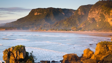 Punakaiki Beach, West Coast, South Island, New Zealand