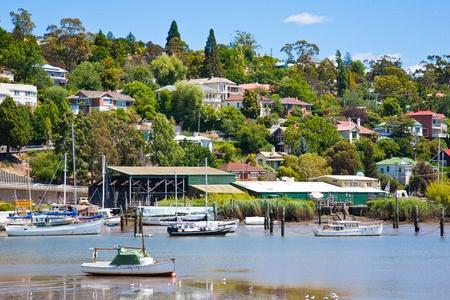 ボートの川テイマー ロンセストン、タスマニア オーストラリア、キングス パークから 写真素材