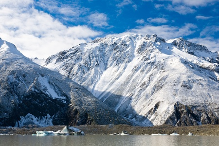 Tasman Glacier Lake in Mount Cook National Park, South Island, New Zealand Stock Photo - 13212385