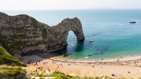 natural arch: The famous rock arch at Durdle Door Dorset England UK