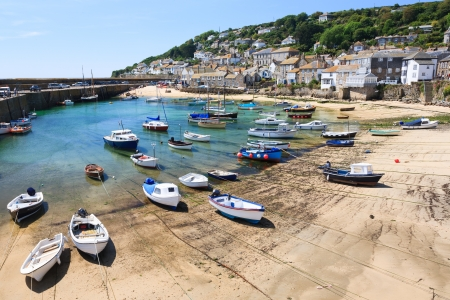 mousehole: OVerlooking the harbour at Mousehole, Cornwall, England UK