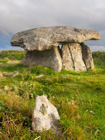 stoneage: Believed to date to around 2400 years BC, Chun Quoit is one of the best preserved examples in Cornwall England UK