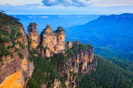 에코 포인트, 블루 마운틴 국립 공원, 뉴 사우스 웨일즈, 호주에서 세 자매 스톡 콘텐츠