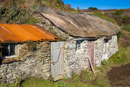 tumble down: Tumble down fishermans sheds at Prussia Cove Cornwall England UK Europe