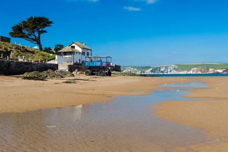 jamones: La isla de marea de Burgh Island en la costa de Bigbury-on-Sea South Hams de Devon Inglaterra Reino Unido Europa