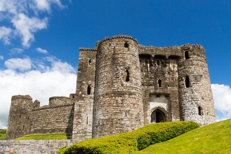 cymru: Remains of the Norman Kidwelly Castle Carmarthenshire Wales UK Europe Stock Photo