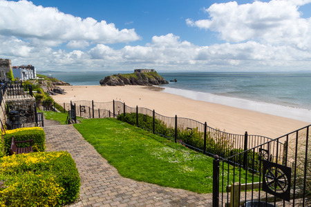 tenby wales: Overlooking Tenby Beach in Carmarthen Bay, Pembrokeshire, South West Wales, UK Europe