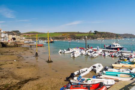 jamones: Línea de costa en Salcombe South Hams Devon Inglaterra Reino Unido Europa Foto de archivo