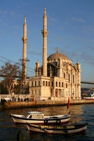 cami: Mecidiye Cami - Istanbul Stock Photo