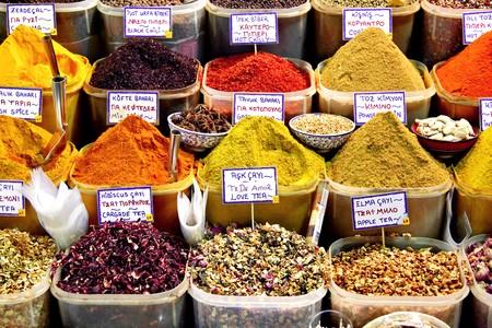 Spice manden op de markt Stockfoto