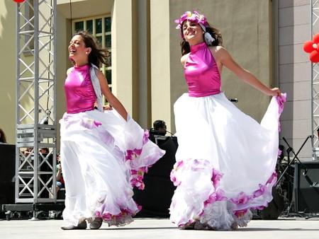 show folk: Istanbul - April 25, 2010: Venezuelan children in traditional costume on Childrens Day at Maltepe Editorial