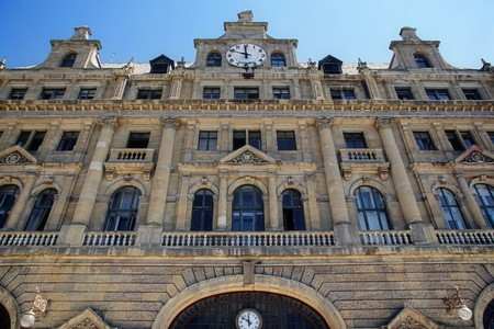 haydarpasa: Facade of Haydarpasa Station Building Stock Photo