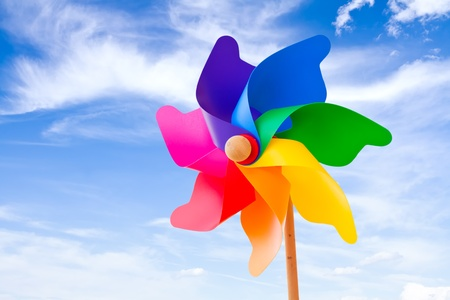 夏空を背景色の風車 写真素材