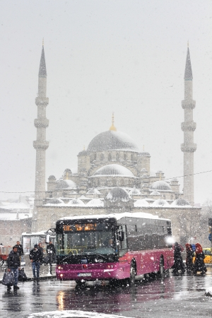 ISTANBUL - JANUARY 31: First snow of the season on January 31, 2012 in Istanbul. A giant snowstorm froze daily life as well as the streets all around the city of Istanbul. Eminonu Bus Stop