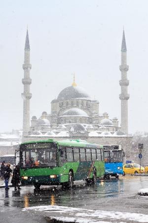 cami: Eminonu Bus Stop in Winter Editorial