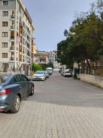 ISTANBUL - APR 19, 2020: Empty streets amid coronavirus total lockdown in the Mega City. It's meant to be the city that never sleeps. But with Istanbul on coronavirus lockdown, the city stands empty Редакционное