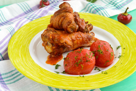 without legs: Chicken legs with tomato sauce and marinated tomatoes without skins in their own juice.